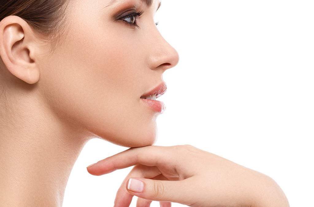 Remodelación en área nasal con hilos tensores.